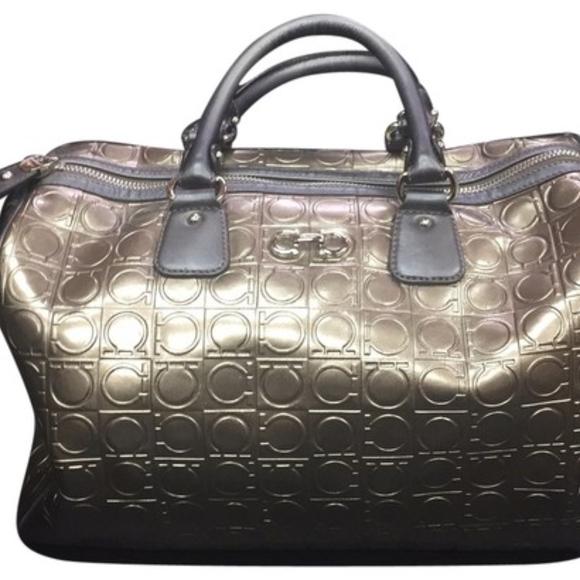 Salvatore Ferragamo Authentic bag lowest PRICE !! M 5ba2b31204e33d6f5a54b246 d05482117a7ee